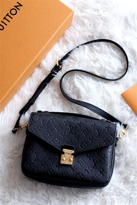 Tas Louis Vuitton Pochette Metis Wb louis vuitton pochette metis pochette metis monogram in u0027s handbags collections by