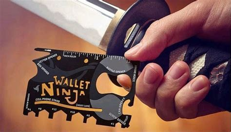 Wallet Alat Serbaguna Tool Multi Fungsi wallet 18in1 multi purpose credit card sized pocket