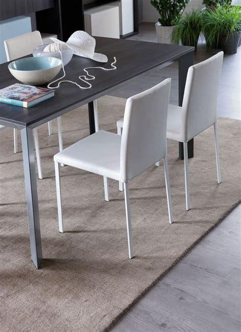 sedie doimo sedia rivestita in cuoio rigenerato per cucine moderne