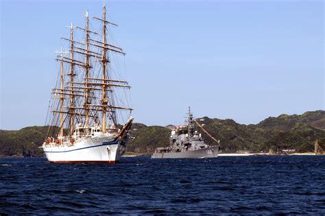 ship japan file us navy 040515 n 1194d 001 japanese tall ship nippon