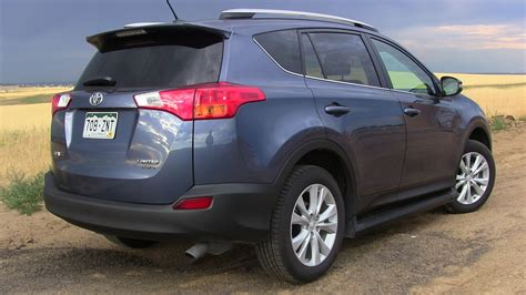 Problems With 2013 Toyota Rav4 Review 2013 Toyota Rav4 Limited Awd No Longer Small
