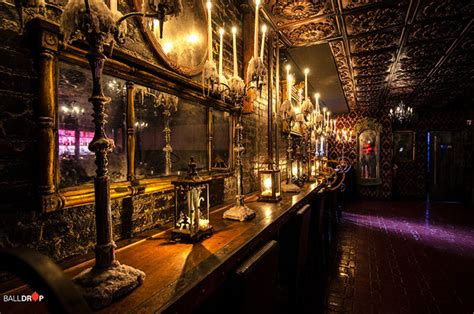halloween themes restaurant times scare haunted house bar