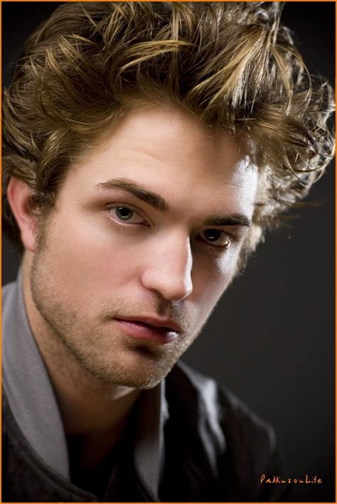 rob pattinson rob pattinson robert pattinson photo 19369528 fanpop