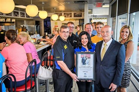 waffle house veterans day charlie and hazel daniels veterans and military family center thanks the waffle house