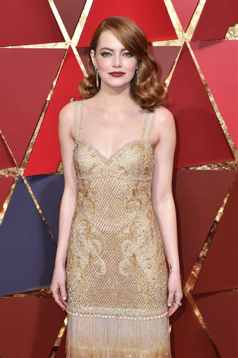 emma stone red carpet 2017 emma stone oscars 2017 red carpet in hollywood