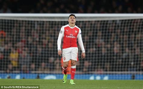 alexis sanchez relationship arsenal news theo walcott admits alexis sanchez bust up