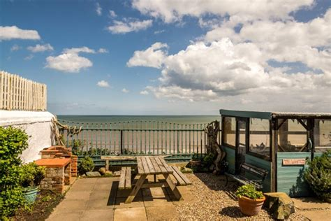 cottages on the the accommodation cottage mundesley norfolk