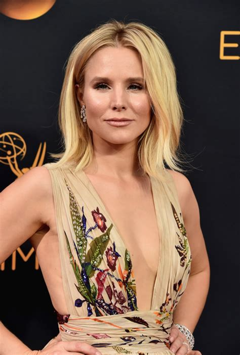 2016 emmys kristen bell in zuhair murad couture tom