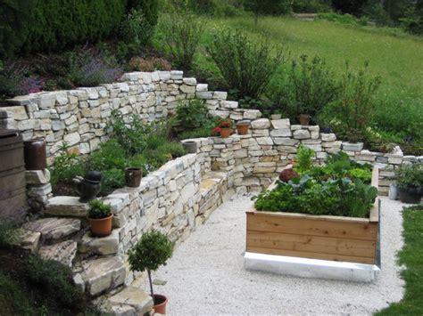 steinmauer terrasse terrassen mit steinmauern nowaday garden
