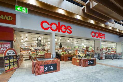 coles supermarket public holiday trading hours