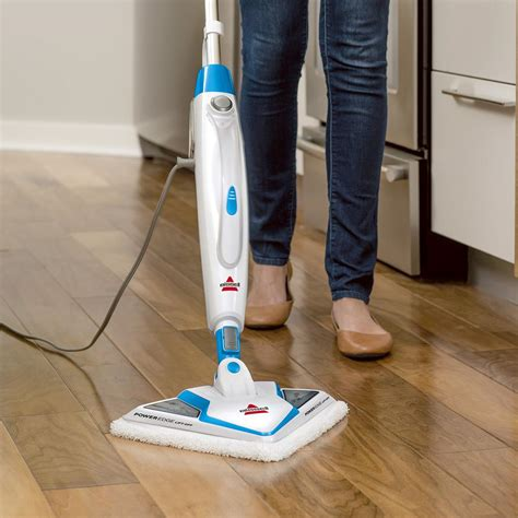Steam Mop On Wood Floors by Bissell Poweredge Lift Wood Floor