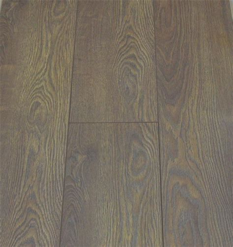 8mm v groove oak laminate flooring pallet cheap value deal