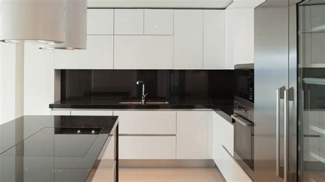 Black Glass Backsplash Kitchen 9 Bold And Beautiful Backsplash Designs That Will Transform Your Kitchen Sfgate