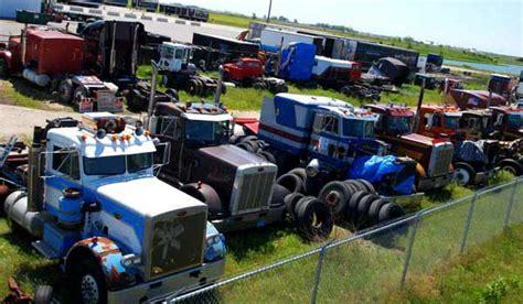 truck wreckers melbourne cash  trucks