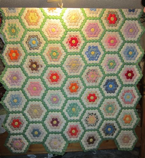 Grandmother S Flower Garden Quilt S Homemaking Adventures Grandmother S Flower Garden Quilt