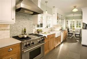 kitchens with different colored cabinets anyone 2 colored cabinets different color from