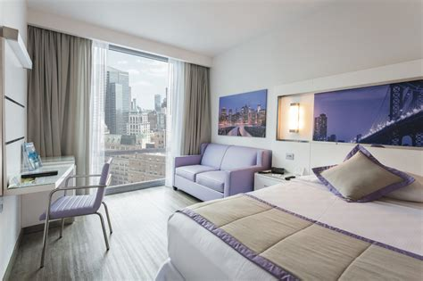 hotel with in room nyc riu hotels resorts opens newest hotel in nyc in new york