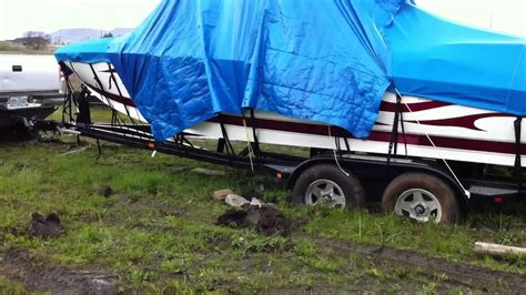 ark my boat is stuck my dad pulling out a boat stuck in mud youtube