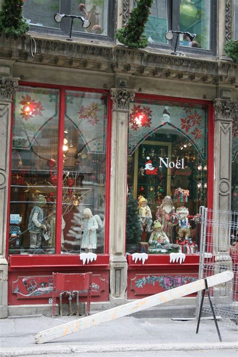 christmas window stores window display vieux montreal qu 233 bec it s beginning to look alot like