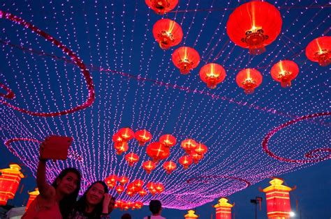 new year taiwan dates photos celebrating the lunar new year around the world