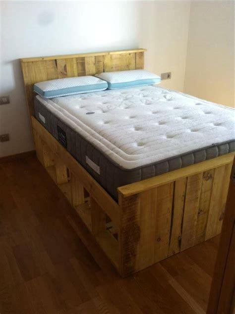 pallets wood bed frame  pallets