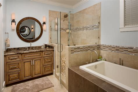 tile trim ideas Bathroom Traditional with beige molding