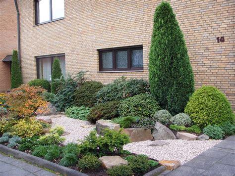 vorgarten bepflanzung vorgarten pflegeleichte bepflanzung m 246 belideen