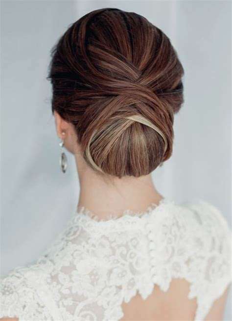 Vintage Wedding Hair Dos by 25 Best Ideas About Classic Updo Hairstyles On