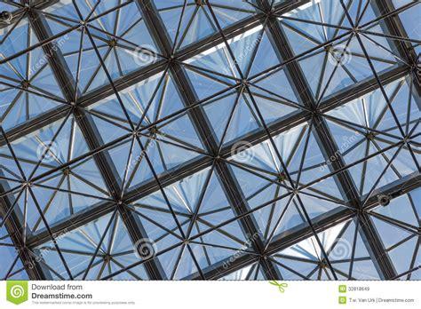 plafond en verre transparent dans l immeuble de bureaux