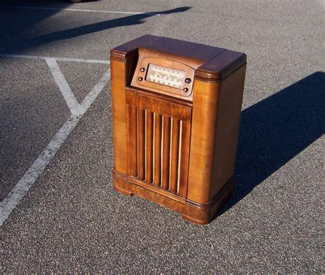 a resale 1947 philco radio record player cabinet