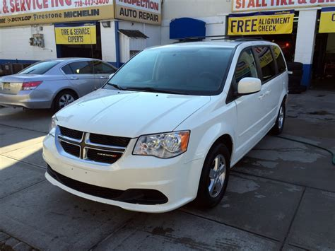 used dodge grand caravan sxt used 2012 dodge grand caravan sxt minivan 9 490 00