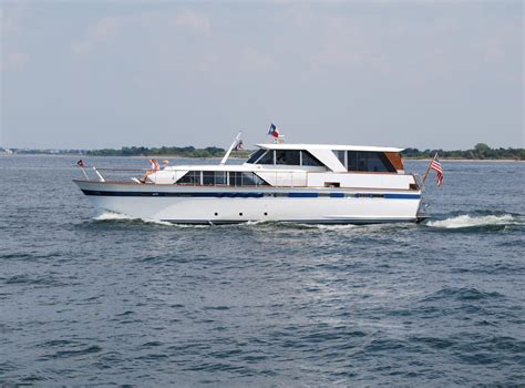 chris craft power boats 1969 chris craft 57 constellation power boat for sale