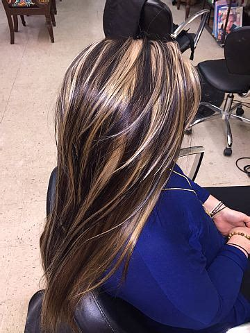 thin highlights vs chunky highlights lowlights and highlight hair color for long thick curl