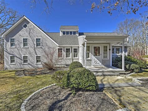 8 bedroom vacation rentals new private 4br edgartown house near beach vrbo
