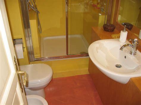 rivestimento bagno in resina rivestimenti bagni in resina come realizzarli topresine