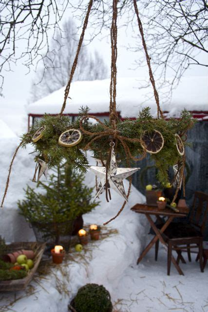 outdoor christmas decor 40 comfy rustic outdoor christmas d 233 cor ideas interior