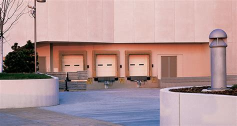 Overhead Garage Door Sioux Falls Sd by Residential And Commercial Garage Doors Serving Sioux
