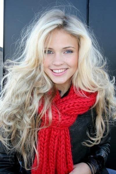 platinum hair on older women beautiful messy curls and platinum blonde on pinterest