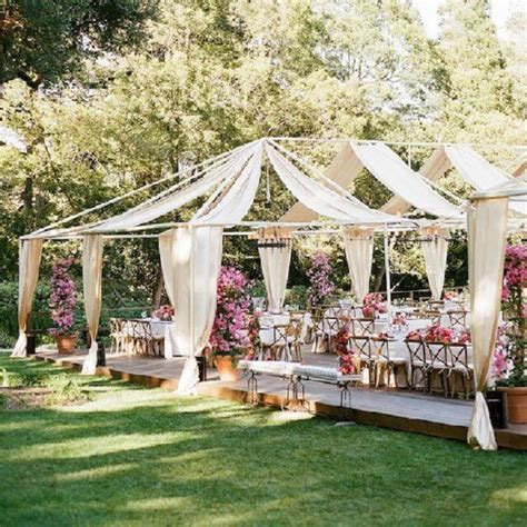 planning an outdoor wedding at home dekorasi unik jelang pesta pernikahan di rumah rumah dan