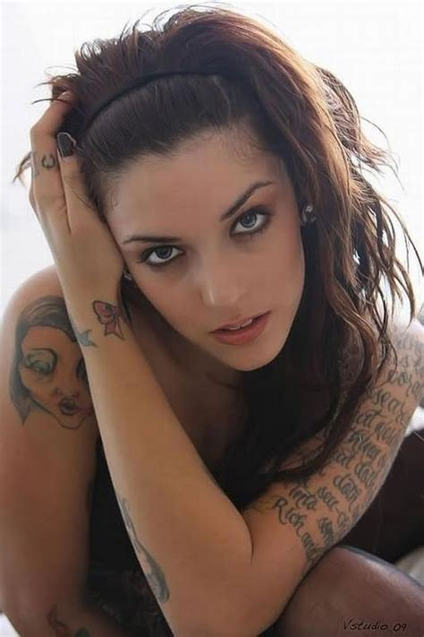 beautiful tattooed women world beautiful tattoos