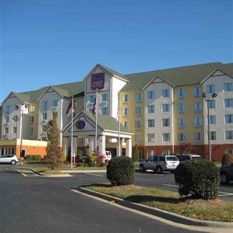 comfort inn suites in charlotte nc comfort suites airport charlotte nc aaa com
