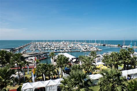 fort lauderdale boat show specials special routes and rates offering easy transportation to