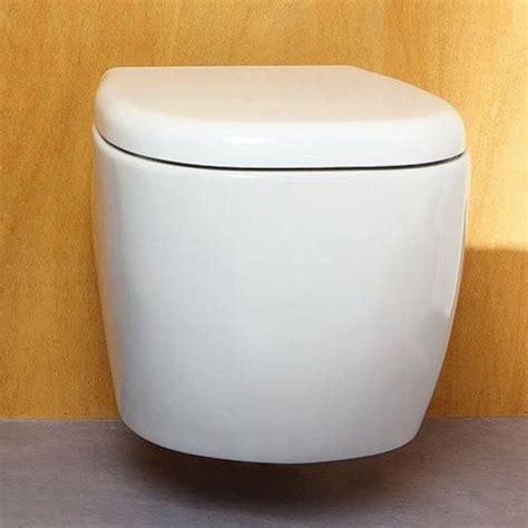 vaso bagno vaso sospeso in ceramica arredo bagno moderno design