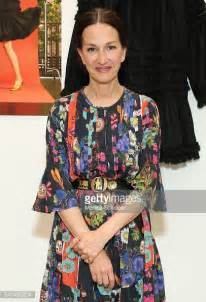 Designer For Less Cynthia Rowleys New Avon Collection by Cynthia Rowley Resort 2017 Presentation Photos And Images