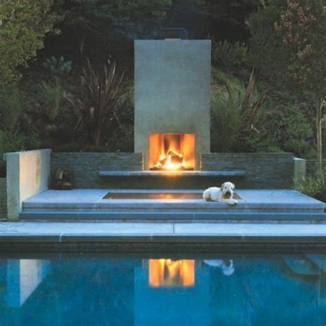 outdoor modern fireplace best 25 modern outdoor fireplace ideas on