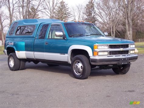 1994 chevrolet c k 3500 extended cab 4x4 dually interior 1994 bright teal metallic chevrolet c k 3500 extended cab