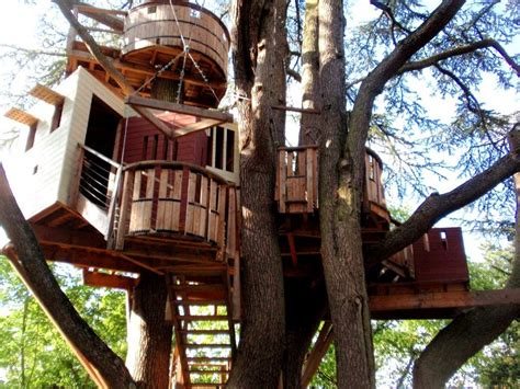 How To Build A Tree House by How To Build A Treehouse In A Simple Way