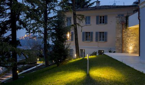 illuminazione ville illuminazione giardini e decorativo esterno per villa