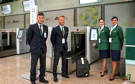 alitalia cabin baggage alitalia rolls out self service bag drop at rome fiumicino