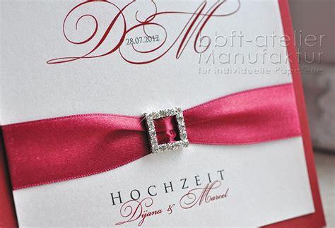 Hochzeitseinladung Dunkelrot by Extravagante Hochzeitseinladung Mit Stra 223 Steinschnalle